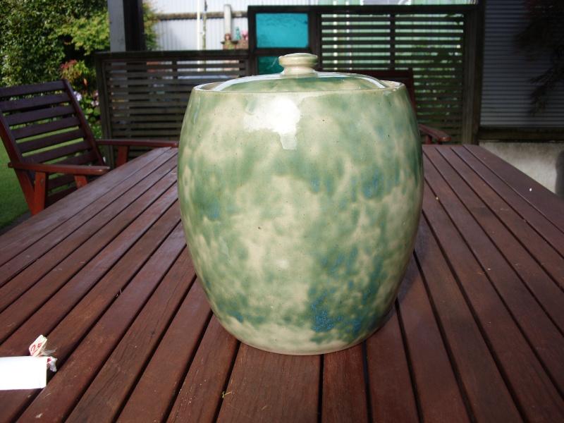 Timaru Pottery crock Timaru10