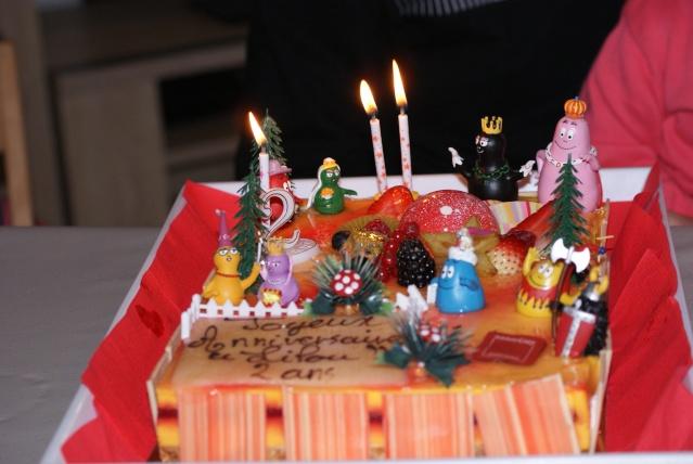 Gâteaux d'anniversaire Disney de nos miniatures Dsc06310