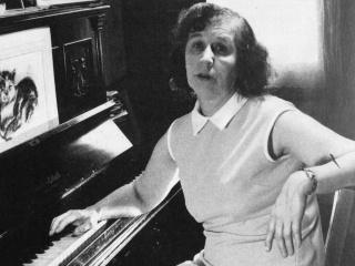 Rosemary Brown écrivant sous la dictée des musiciens de l'au-delà. (+) Vidéos 07-ros10
