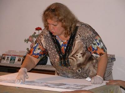 La médium-peintre brésilienne Valdelice Salum Dscn0010