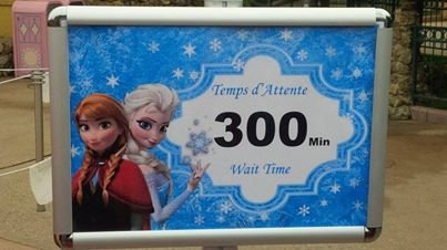 Princess Pavilion avec Anna et Elsa - Page 12 16099710