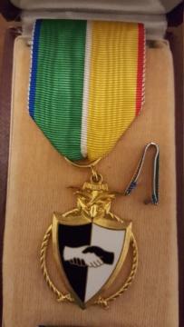 identif médaille gabonaise 20191110