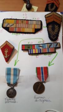 médaille des prisoniers portée par un militaire. 20191113