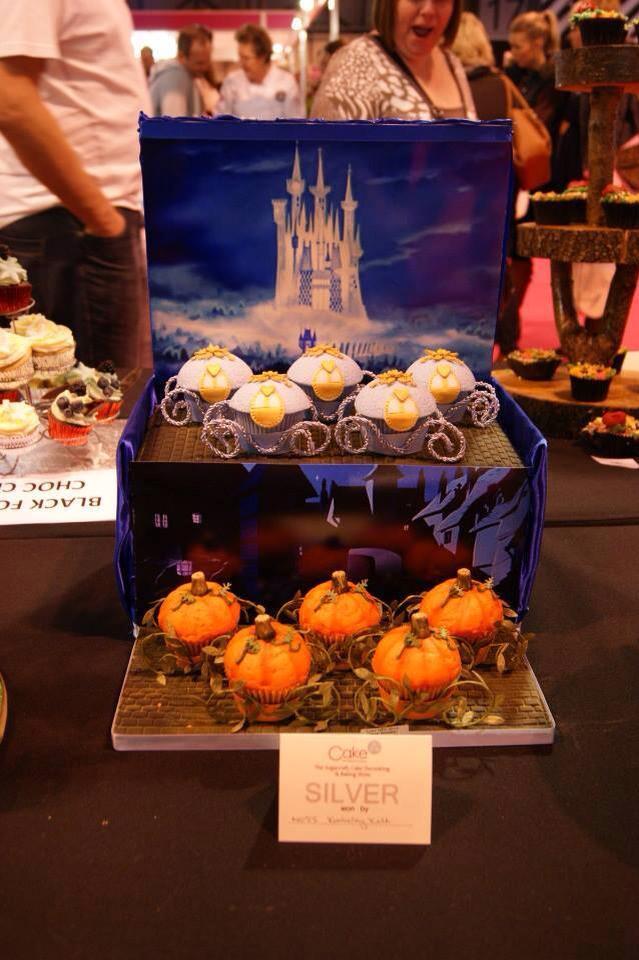 Les douceurs Disney. Patisseries, sucreries & cie - Page 10 10411210
