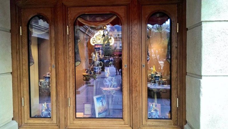 Boutique Chez Marianne Souvenirs de Paris  - Page 2 10626110