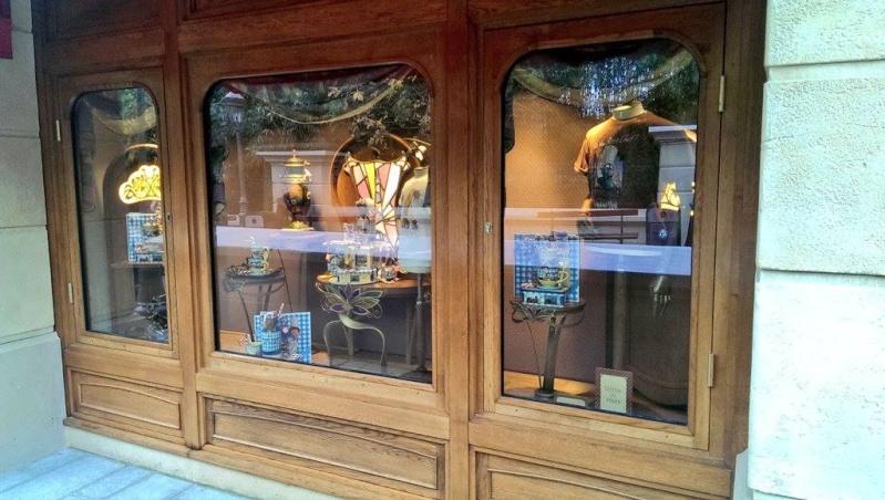 Boutique Chez Marianne Souvenirs de Paris  - Page 2 10655411