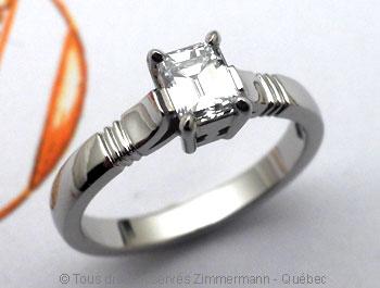 Solitaire palladium avec diamant taille émeraude de 43/100 ct Sopa0816