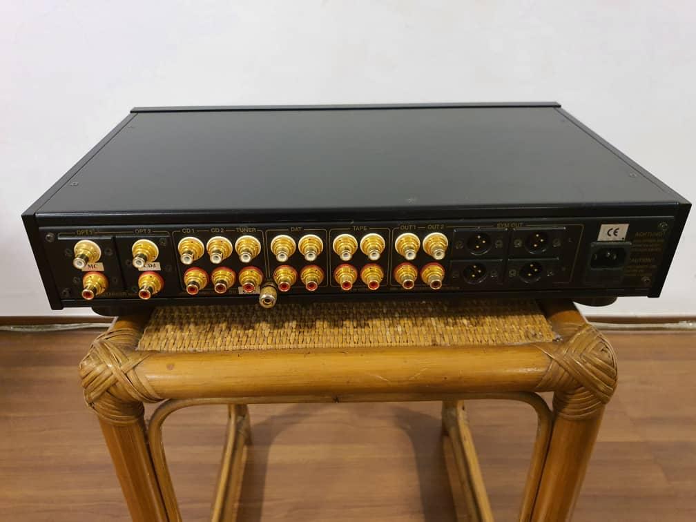 MBL 5010C preamp  Mbl50111