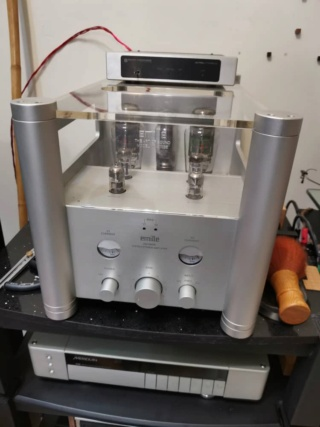 Emille Labs KM-300SE Integrated Amp Whatsa13