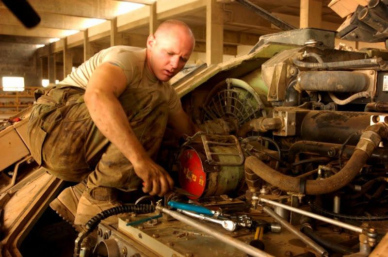 M2 A3 Bradley busk 1-35 meng  10311010