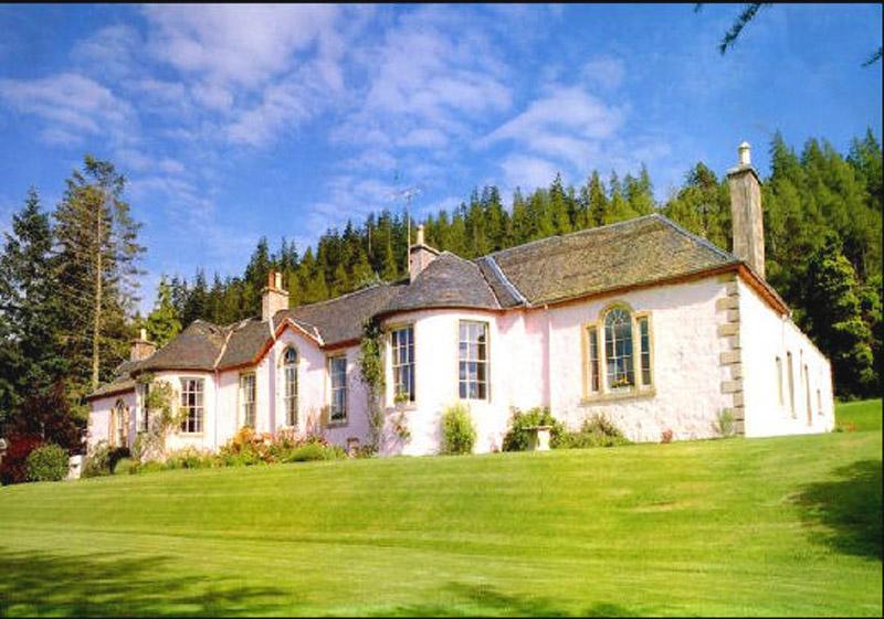 Boleskine House, un goût de surnaturel au Loch Ness Bolesk10