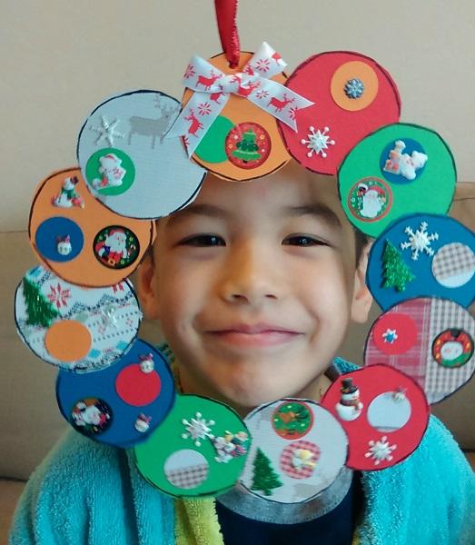 faire une couronne pour préparer Noël Imag1510