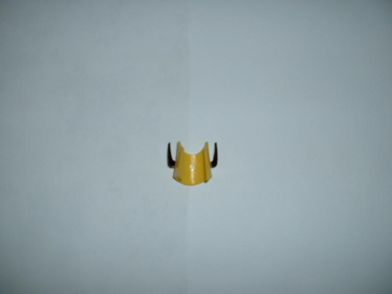 Vendo REPRO parte gialla della testa di Gakeen Sanzen DX Dscf0010