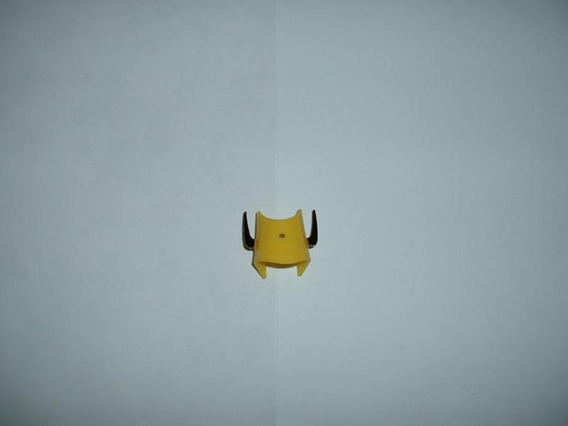 Vendo REPRO parte gialla della testa di Gakeen Sanzen DX Dscf0011