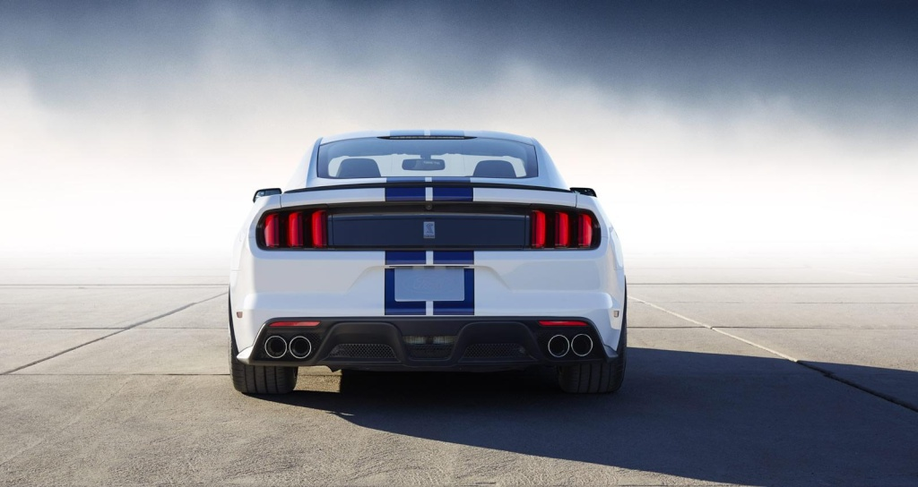 2014 - [Ford] Mustang VII - Page 11 Ford_m18
