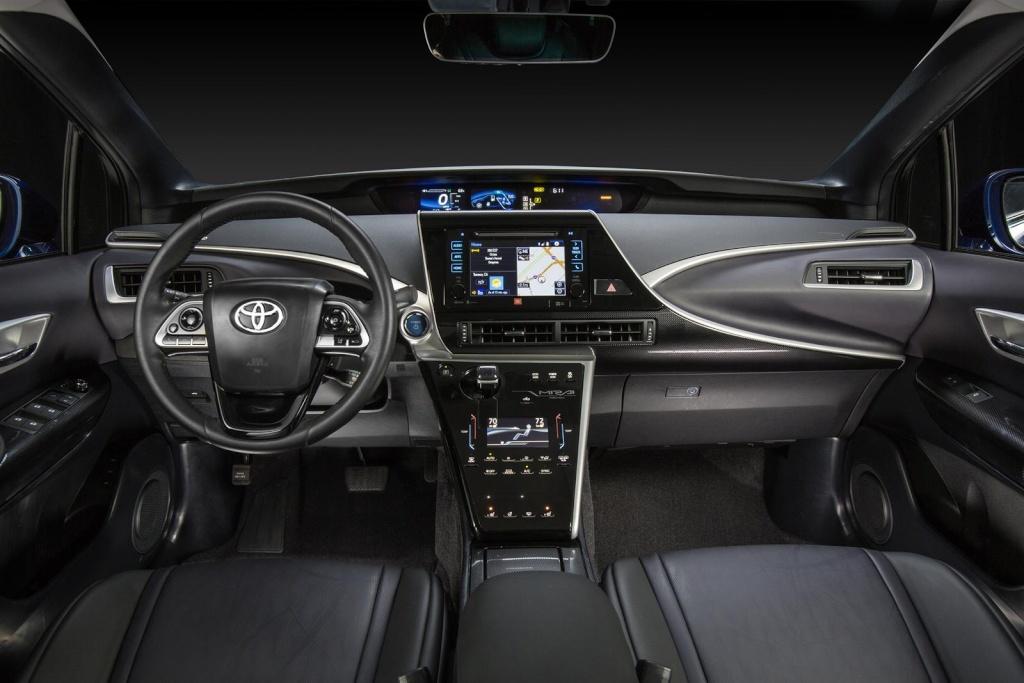 2015 - [Toyota] FCV / Mirai - Page 4 Toyota16
