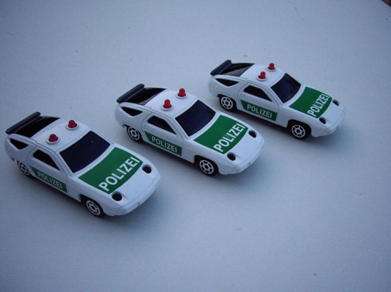 N°2301 Porsche 928 police Imgp5011