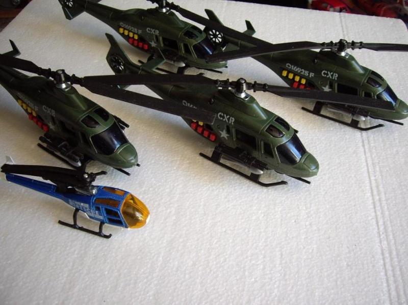 N°2360 hélicoptère de combat Imgp8511