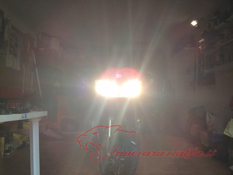 BMW R1200RT frecce Z4, faretti LED & sostituzione lampade alogene. Max45047