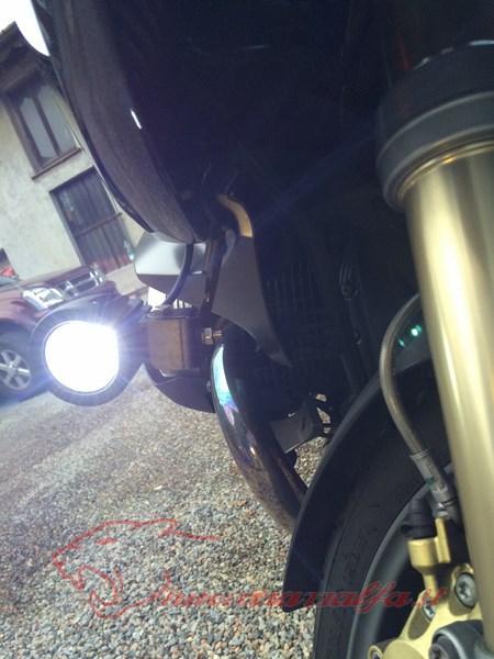 BMW R1200RT frecce Z4, faretti LED & sostituzione lampade alogene. Max45062