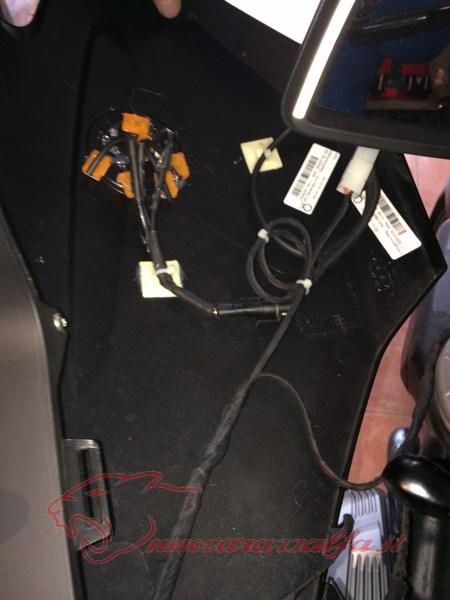 BMW R1200RT frecce Z4, faretti LED & sostituzione lampade alogene. Max45081