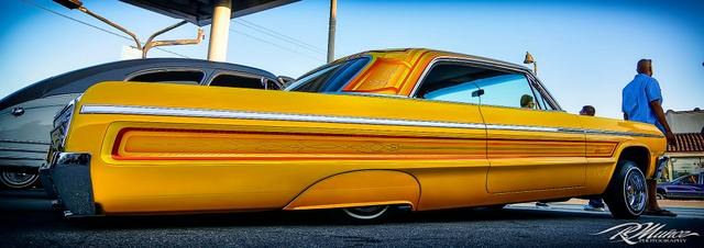 lowrider  and co ... 10498110