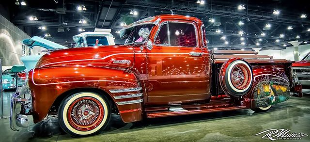 lowrider  and co ... 10499410
