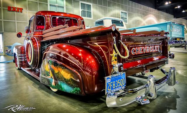 lowrider  and co ... 10557110
