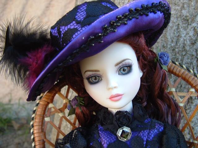 Liz, la weeping violets de Léonie Dscf0012