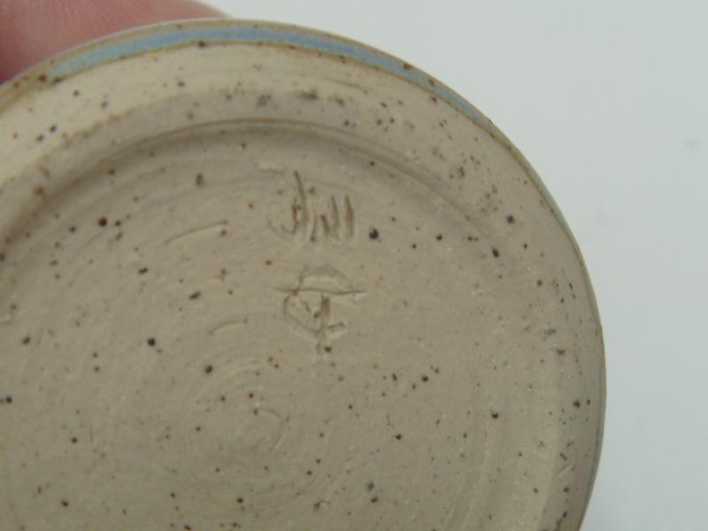 Tiny blue pot incised Jill P1010514