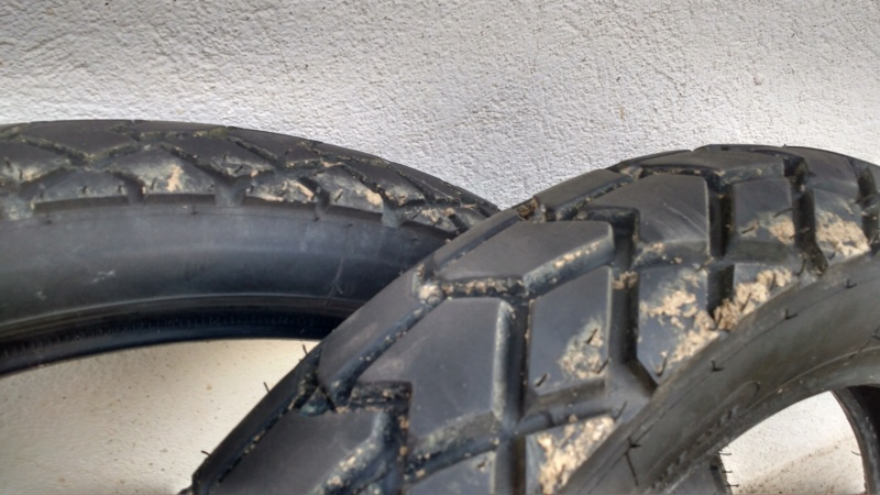 [VENDU] 1 jeu de pneus sirac Sirac110