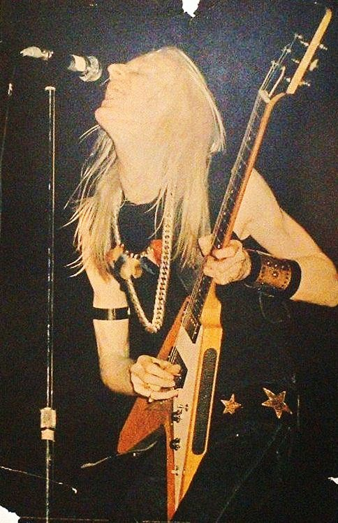 Johnny Winter - Page 3 10245411