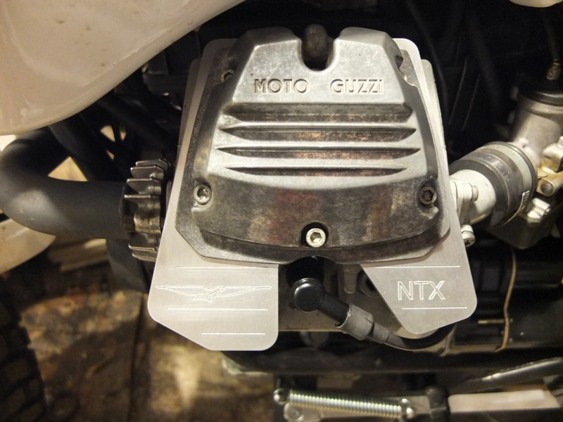 Guzzi 750 NTX revenue de loin Dscf4513