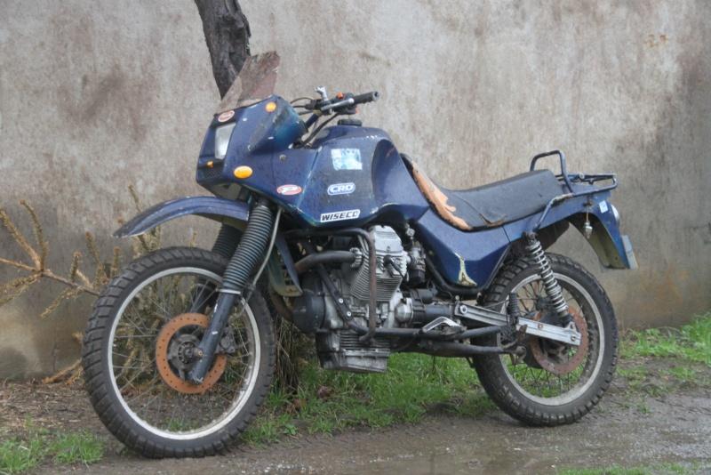 Guzzi 750 NTX revenue de loin Img_9710