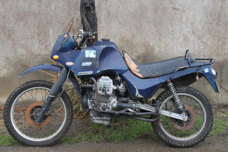 Guzzi 750 NTX revenue de loin Img_9711