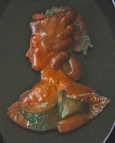 Bustes et représentations en cire de Marie-Antoinette Cire_a10