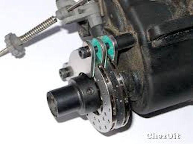 Double Disques frein av Traxxas 5364X  et arr revu - Page 2 Image210
