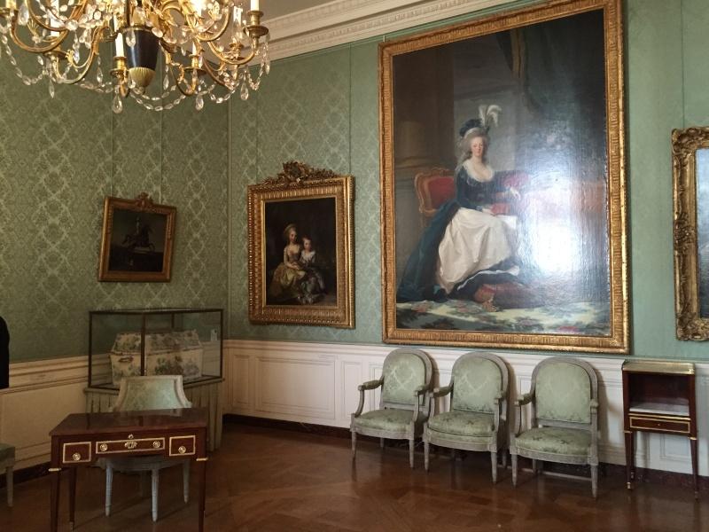 Chambre à coucher du Petit appartement de Marie-Antoinette, au rez-de-chaussée du château de Versailles Img_6010
