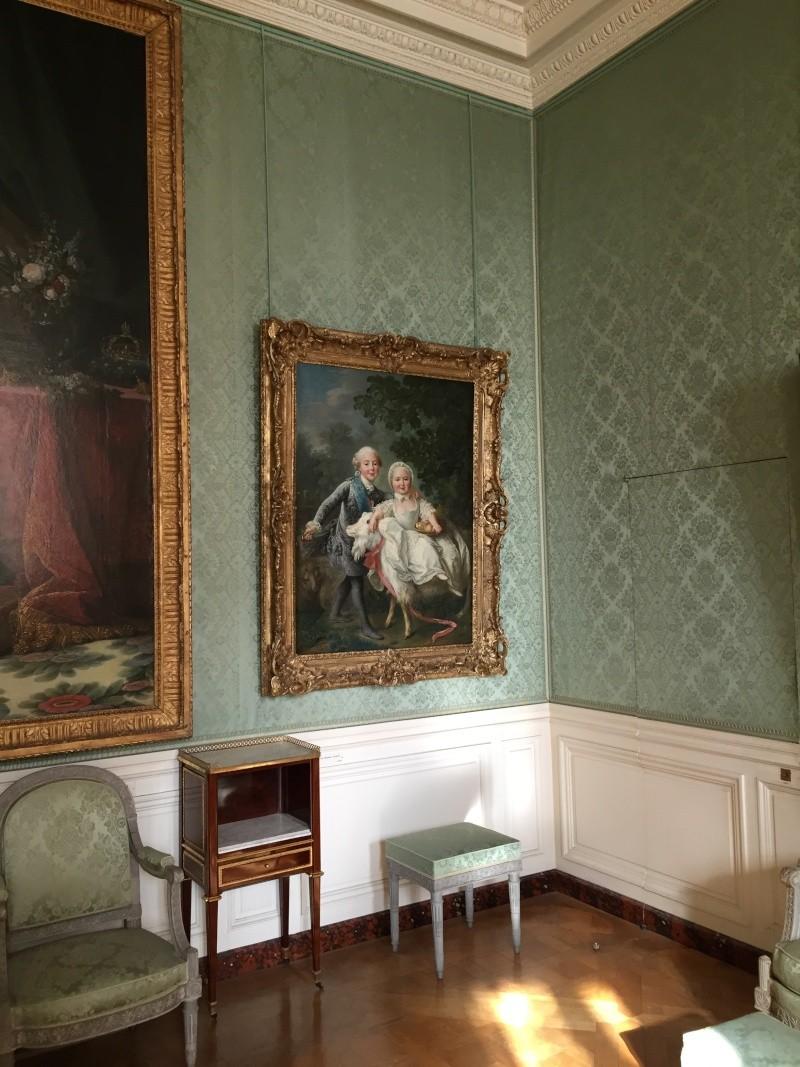 Chambre à coucher du Petit appartement de Marie-Antoinette, au rez-de-chaussée du château de Versailles Img_6017