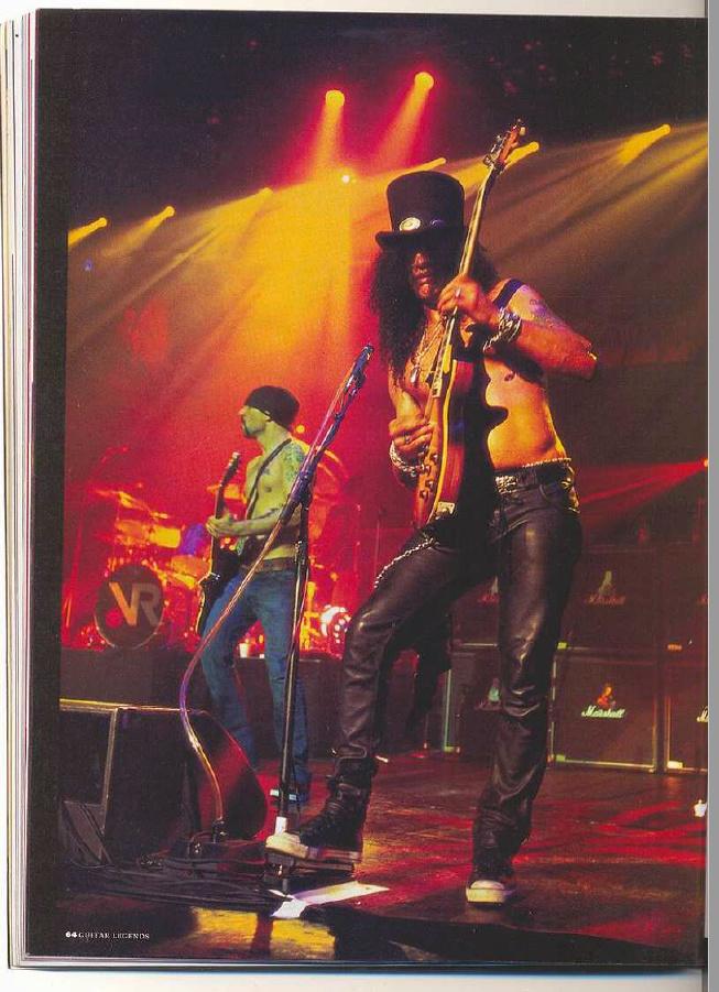 2004.04.DD - Total Guitar - Velvet Revolver (Slash, Duff) Uten_116