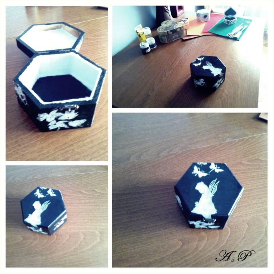 Cutie hexagonala A girl's dream 13,7 x 12 x 7,3 cm   Pret : 60 lei 17792710