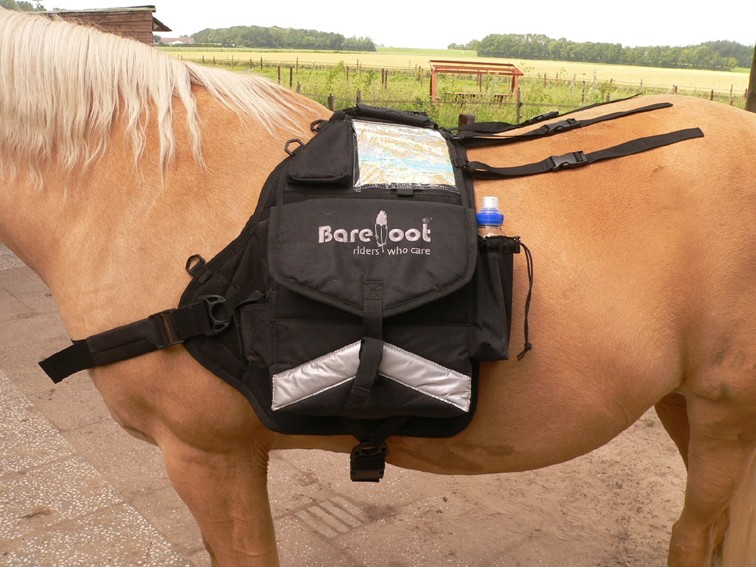 "Le bât BAREFOOT 'Walk-My-Horse""  Backpa10"