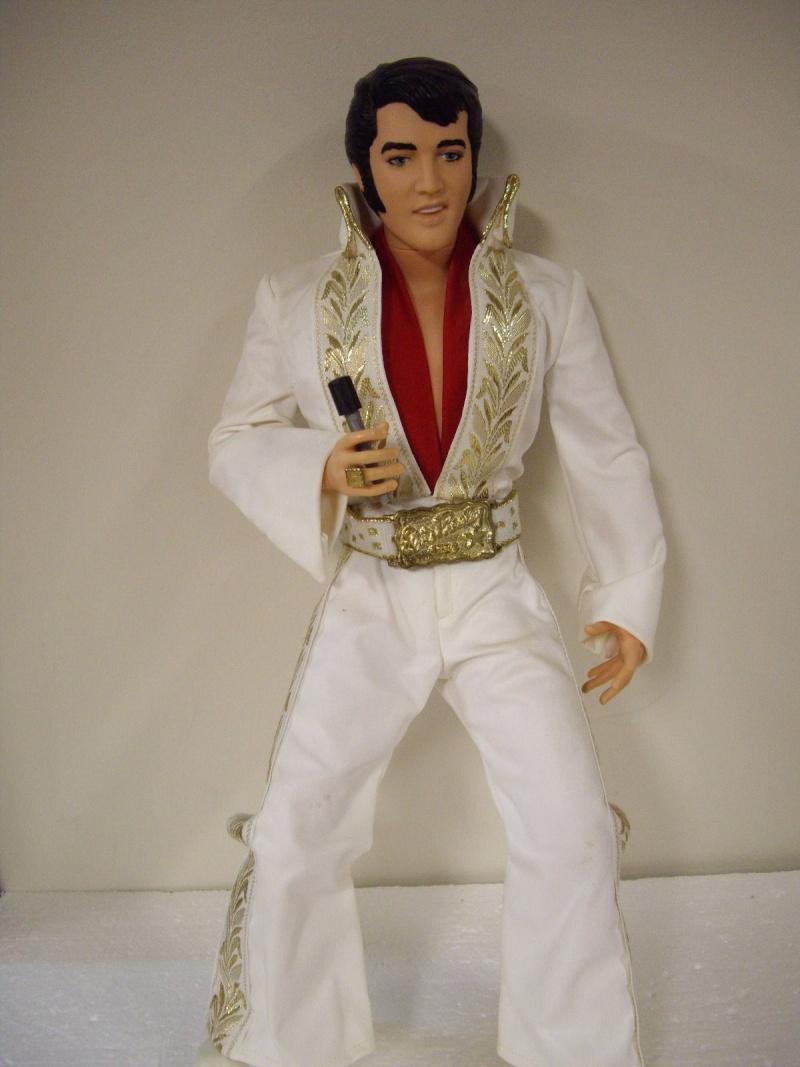 ELVIS PRESLEY 1984 WORLD DOLL - BLACK CUSTOM KIMONO LAS VEGAS '69 Elvis_10