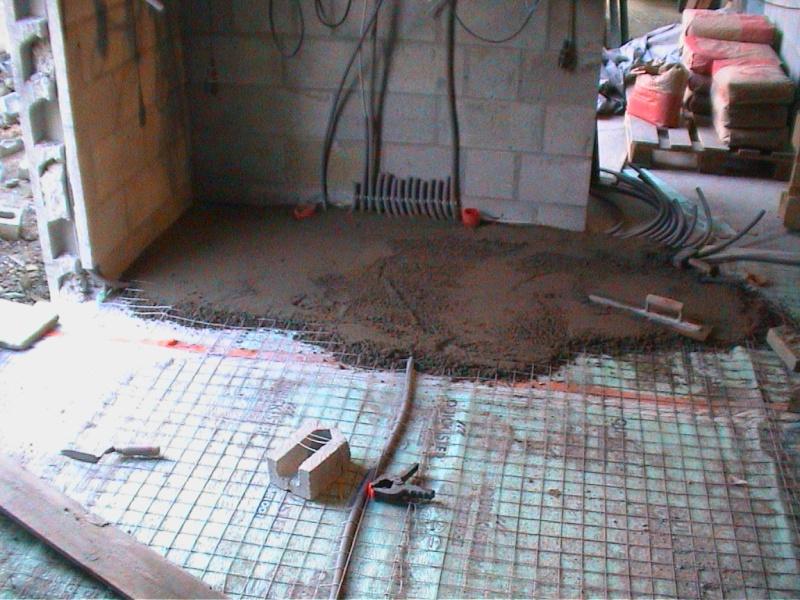 Construction de la maison de mon fils - Page 12 Electr10