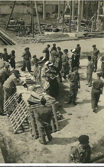 1955 - AP957 (Congo 6, 7 et 8)liste d'équipage - Page 4 Teneri10