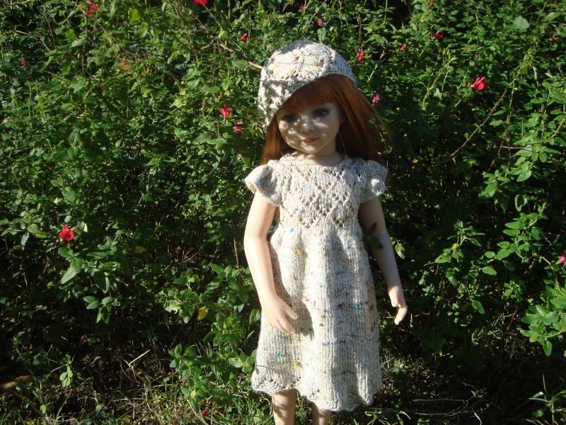 Sarah profite du soleil dans sa nouvelle robe Dsc04714
