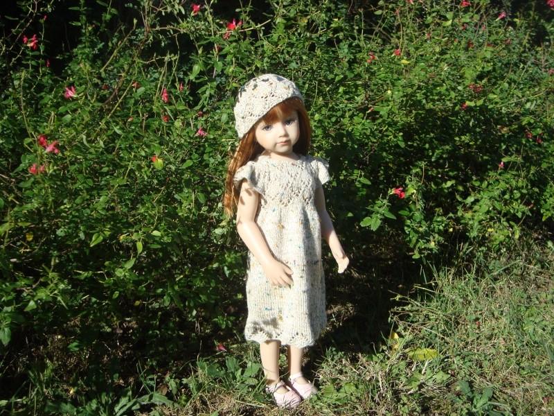 Sarah profite du soleil dans sa nouvelle robe Dsc04716