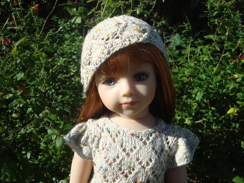 Sarah profite du soleil dans sa nouvelle robe Dsc04722