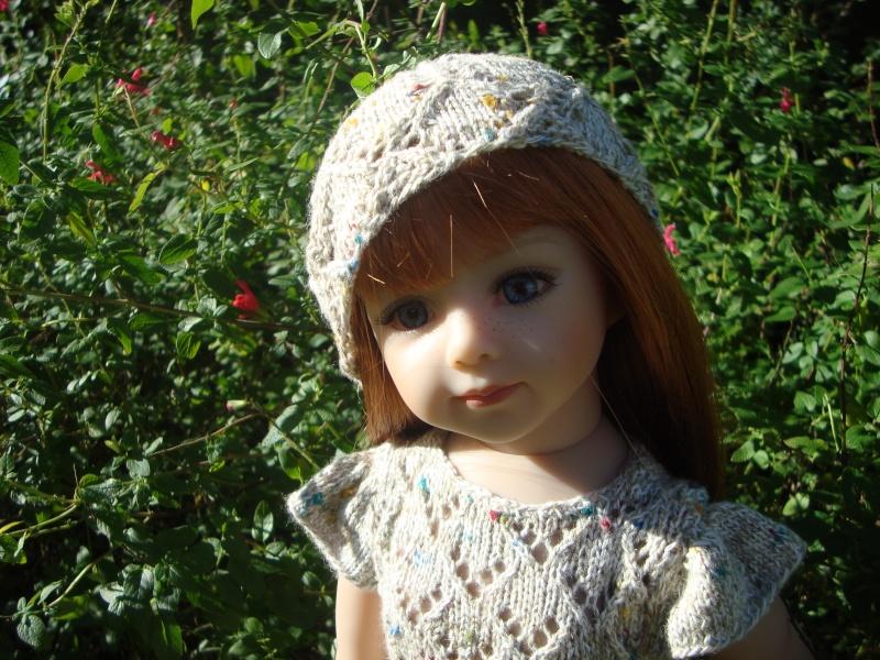 Sarah profite du soleil dans sa nouvelle robe Dsc04724