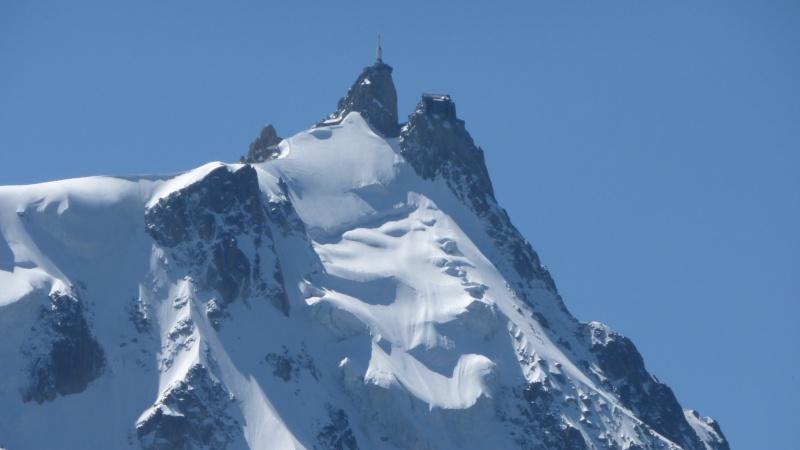 L'Aiguille du Midi, 3842 m - Page 3 P1010810